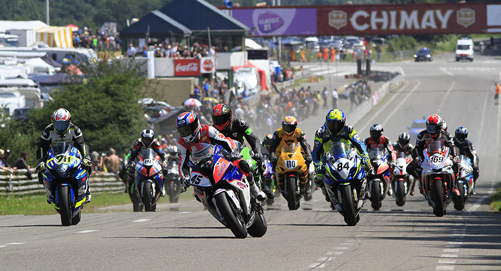 1Start van de BeNeCup Superbikes